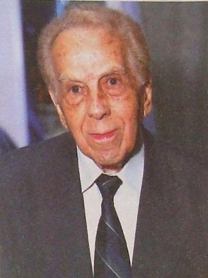 Pioneiro: Dr. Maurílio de Oliveira
