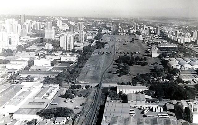Vista aérea de Maringá - Década de 1990