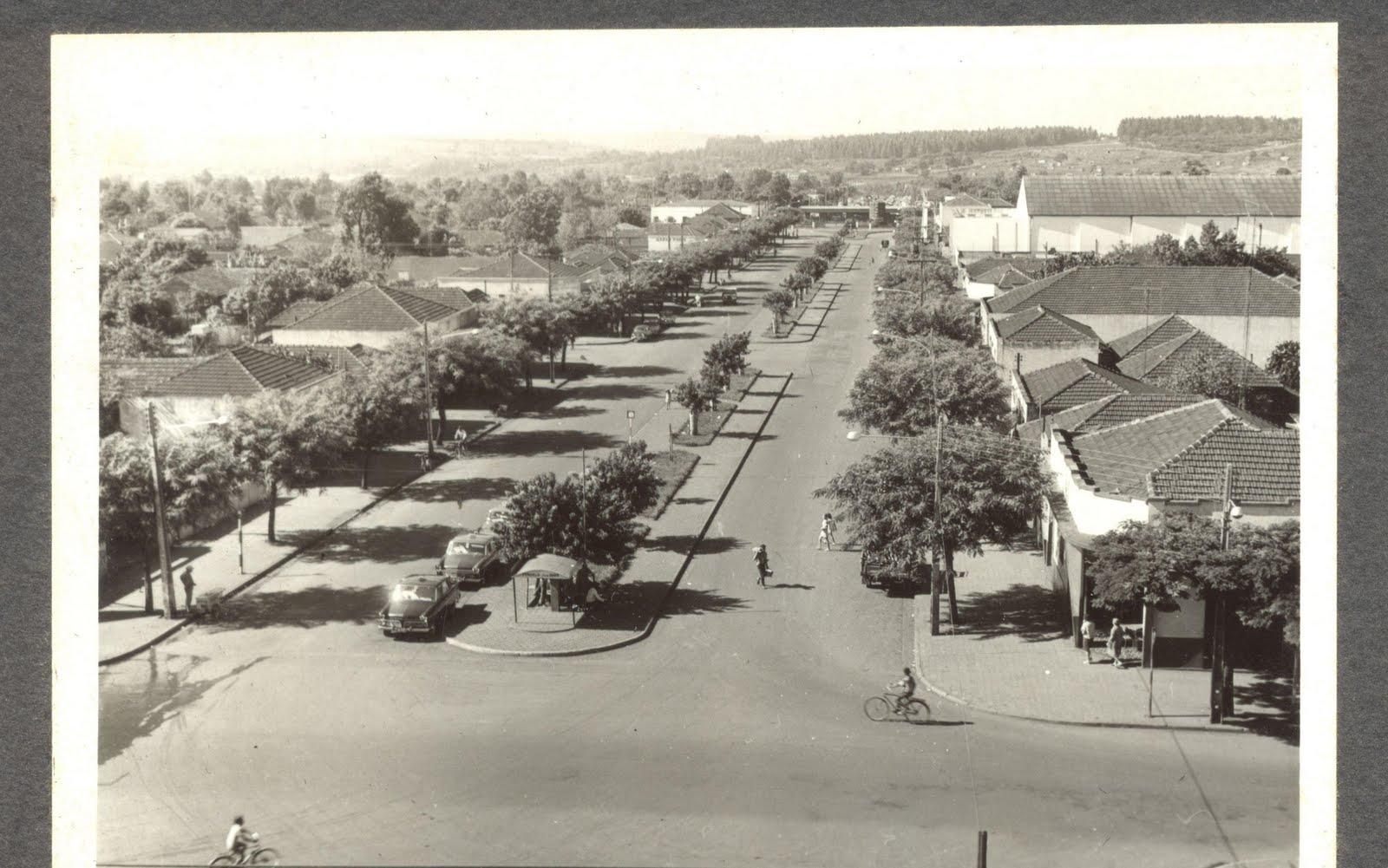 Avenida Riachuelo e o Ponto de Táxi