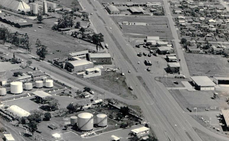 Viaduto entre as avenidas Tuiuti e Colombo - 1979