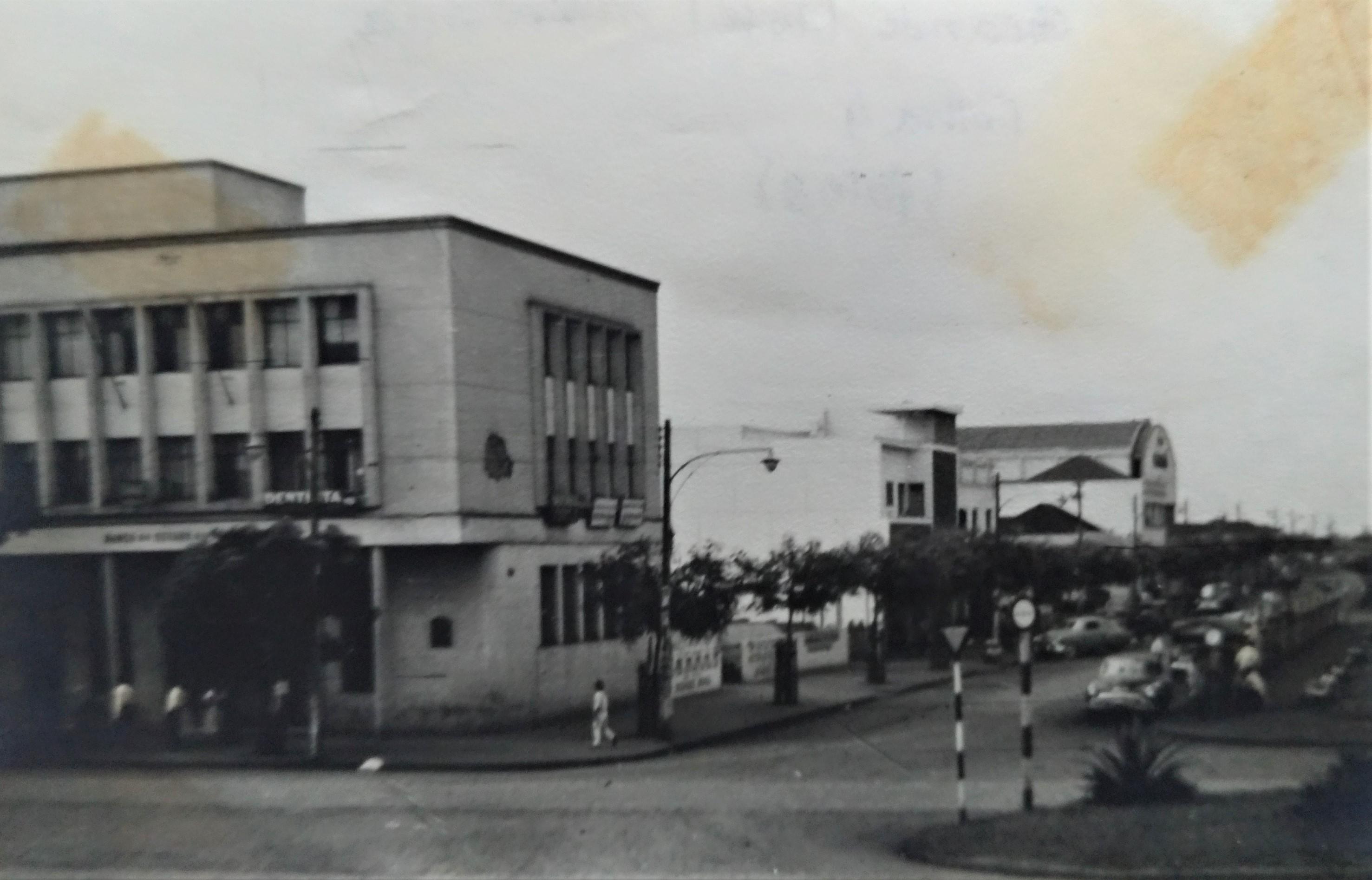Avenida Brasil x avenida Getúlio Vargas - Anos 1950