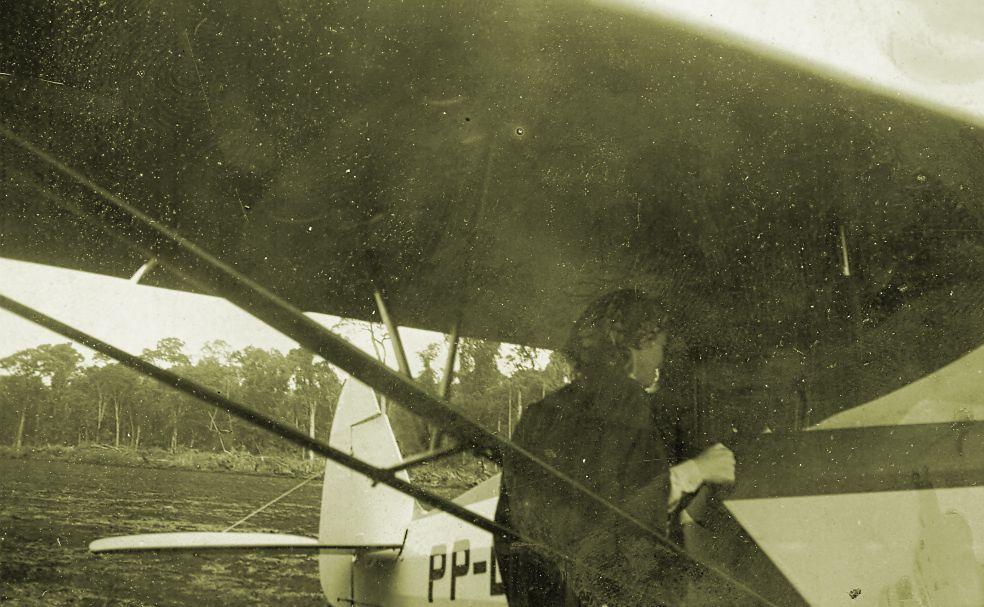 Sylvia Nyffeler embarcando - Década de 1940