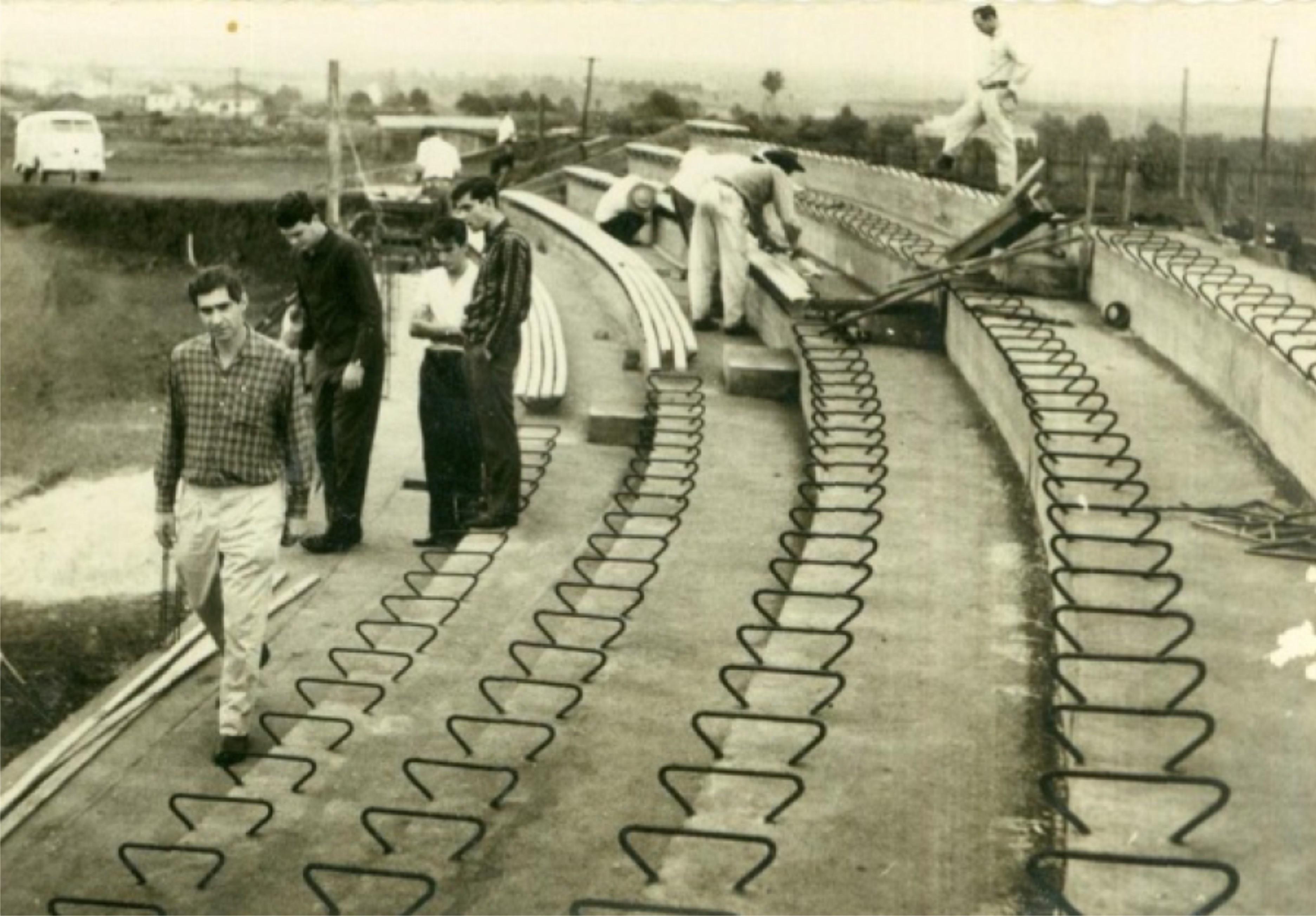 Construção das arquibancadas no Willie Davids - 1961
