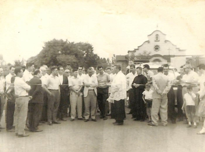 Solenidade na praça Emiliano Perneta - Anos 1960