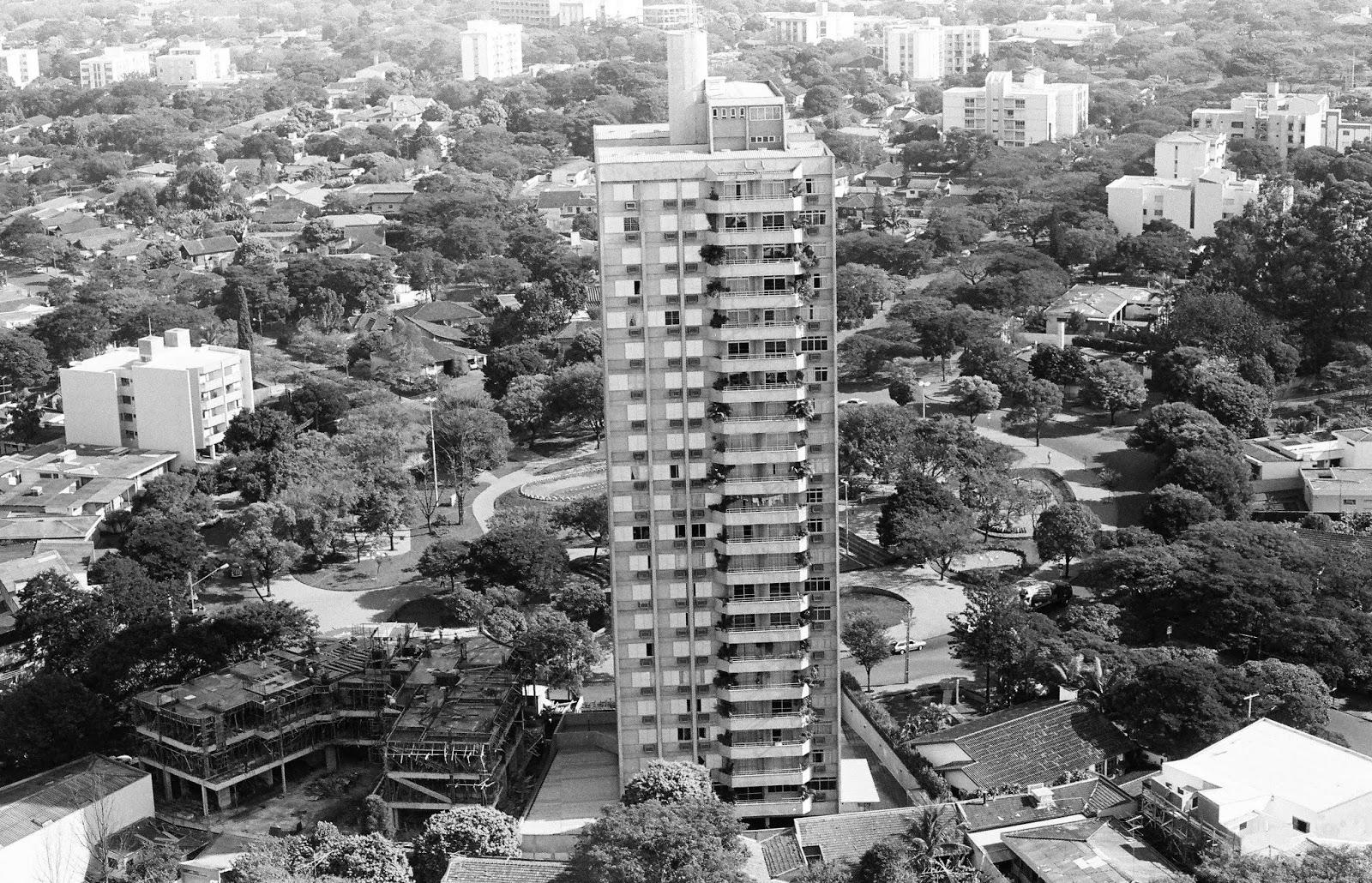 Praça Manoel Ribas - 1986