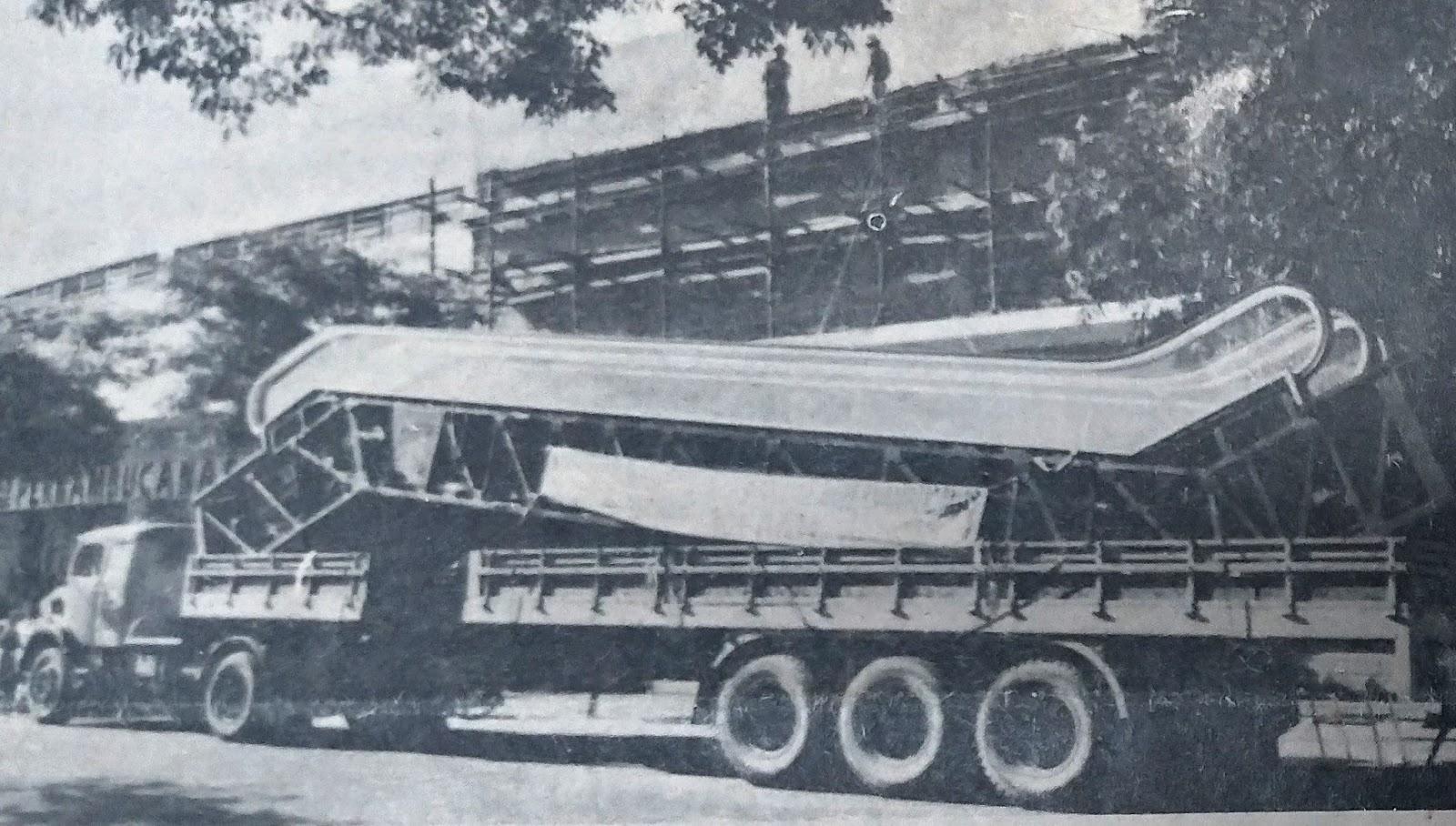 1ª escada rolante de Maringá - 1978