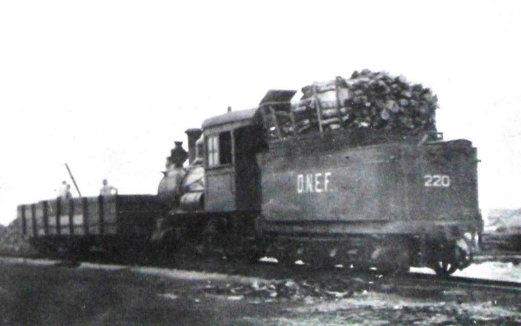 D.N.E.F. na Estação Ferroviária de Maringá