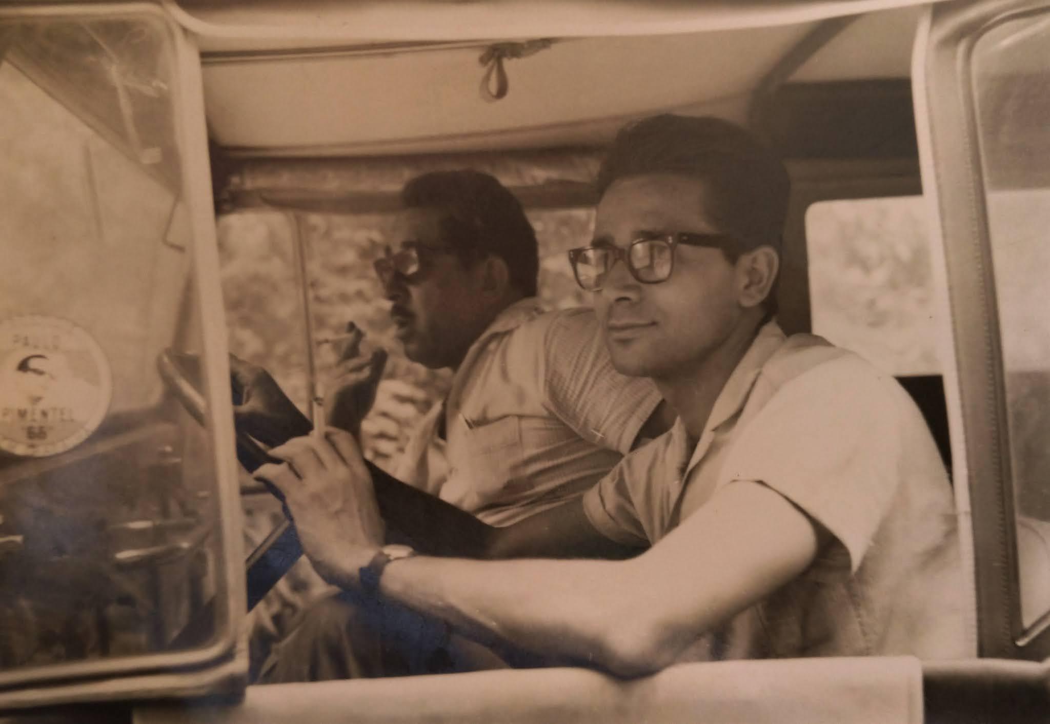 Pioneiros da imprensa no jipe da NP - Anos 1960