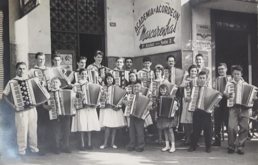 Academia de Acordeon Mascarenhas - Década de 1960