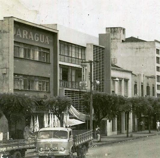 Construção Irregular na avenida Brasil - 1962