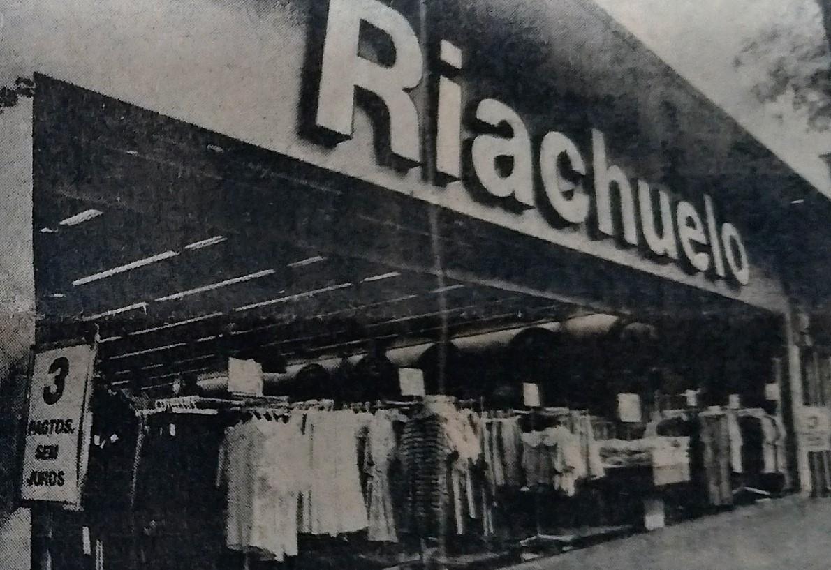 Estilista de moda na Lojas Riachuelo - Dezembro de 1988