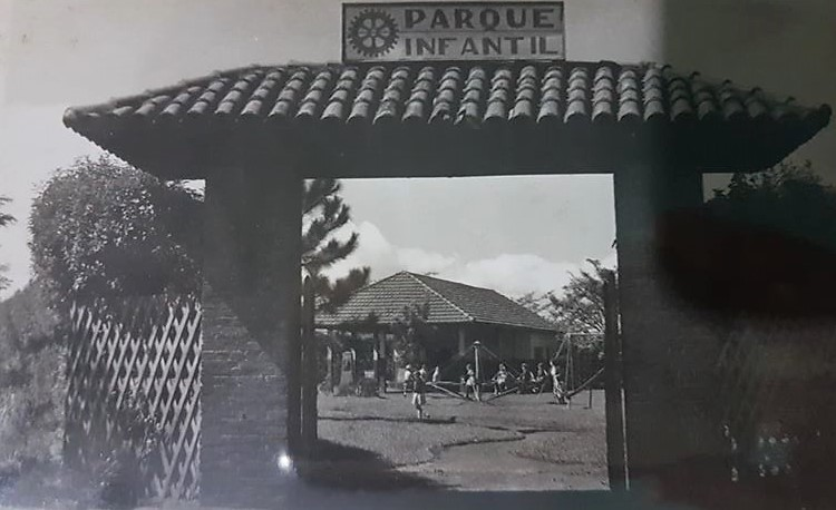 Portal do Parque Infantil da Zona 2 - Década de 1950