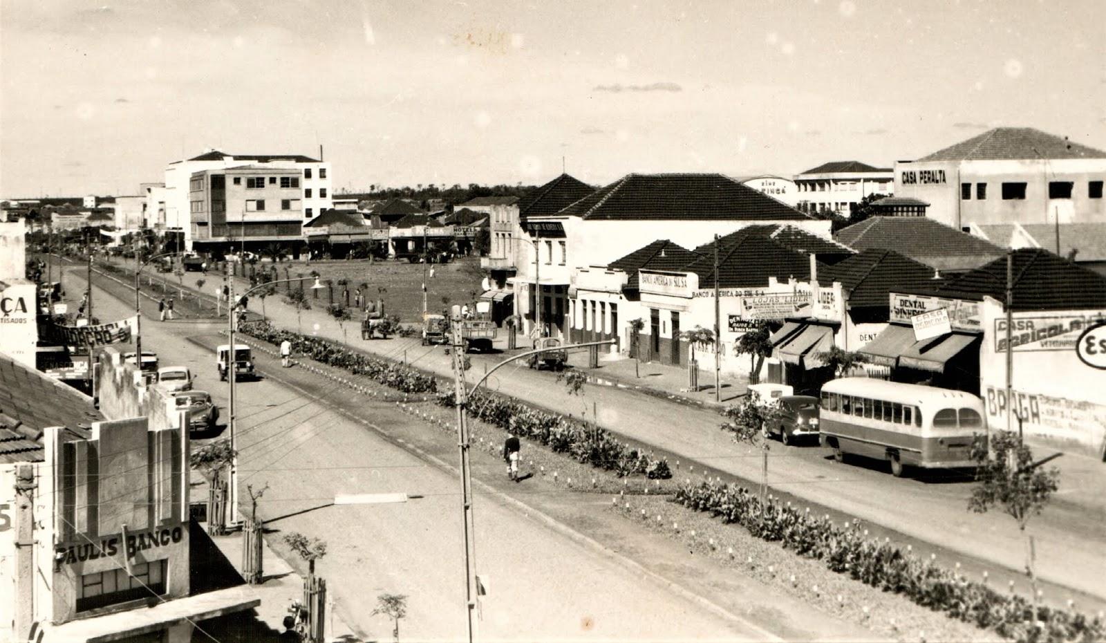 Avenida Brasil x Avenida Paraná - Década de 1960