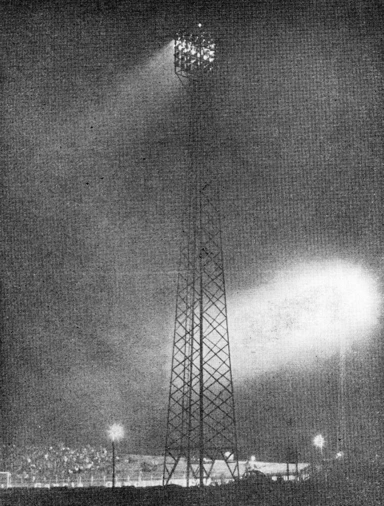 Iluminação - Estádio Regional Willie Davids