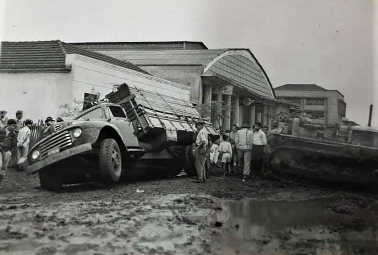 Acidente na avenida Paraná - Década de 1950