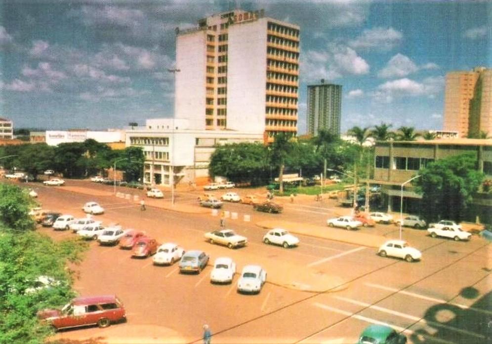 Avenida Brasil x Avenida Getúlio Vargas - Anos 1980