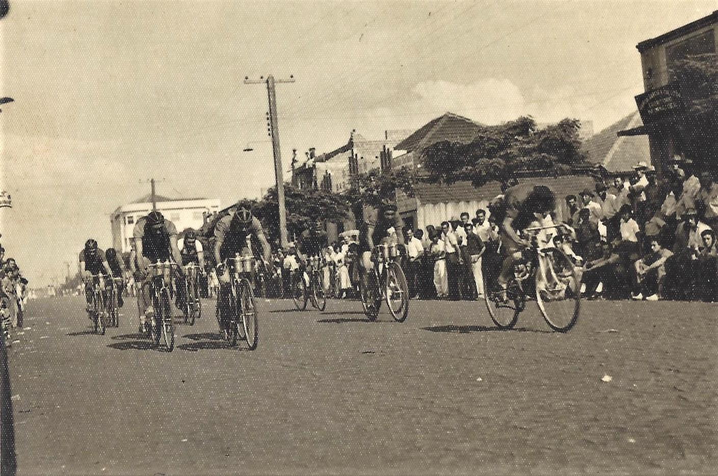 Corrida da bicicletas - Década de 1950