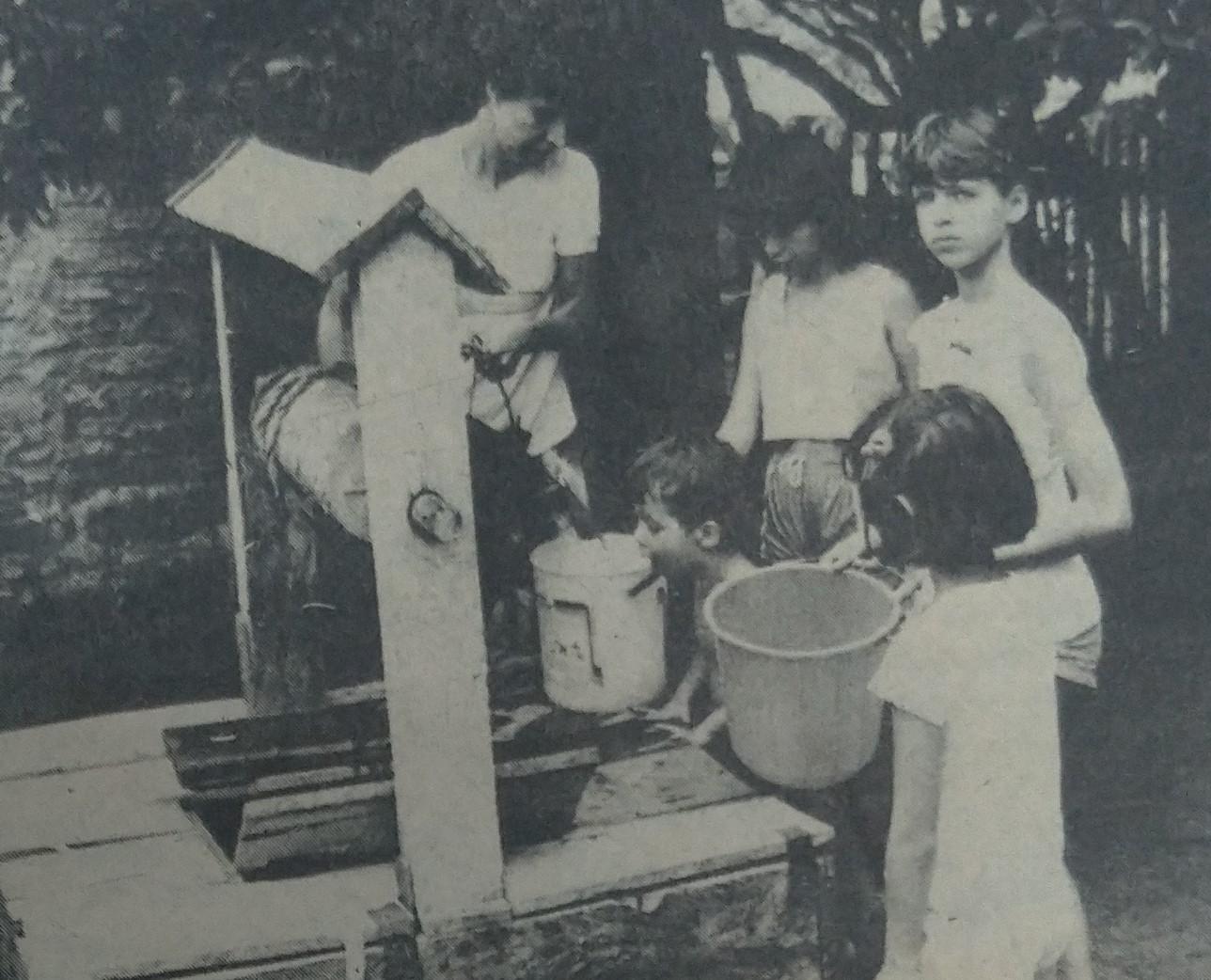 Falta de água na Vila Morangueira - 1988