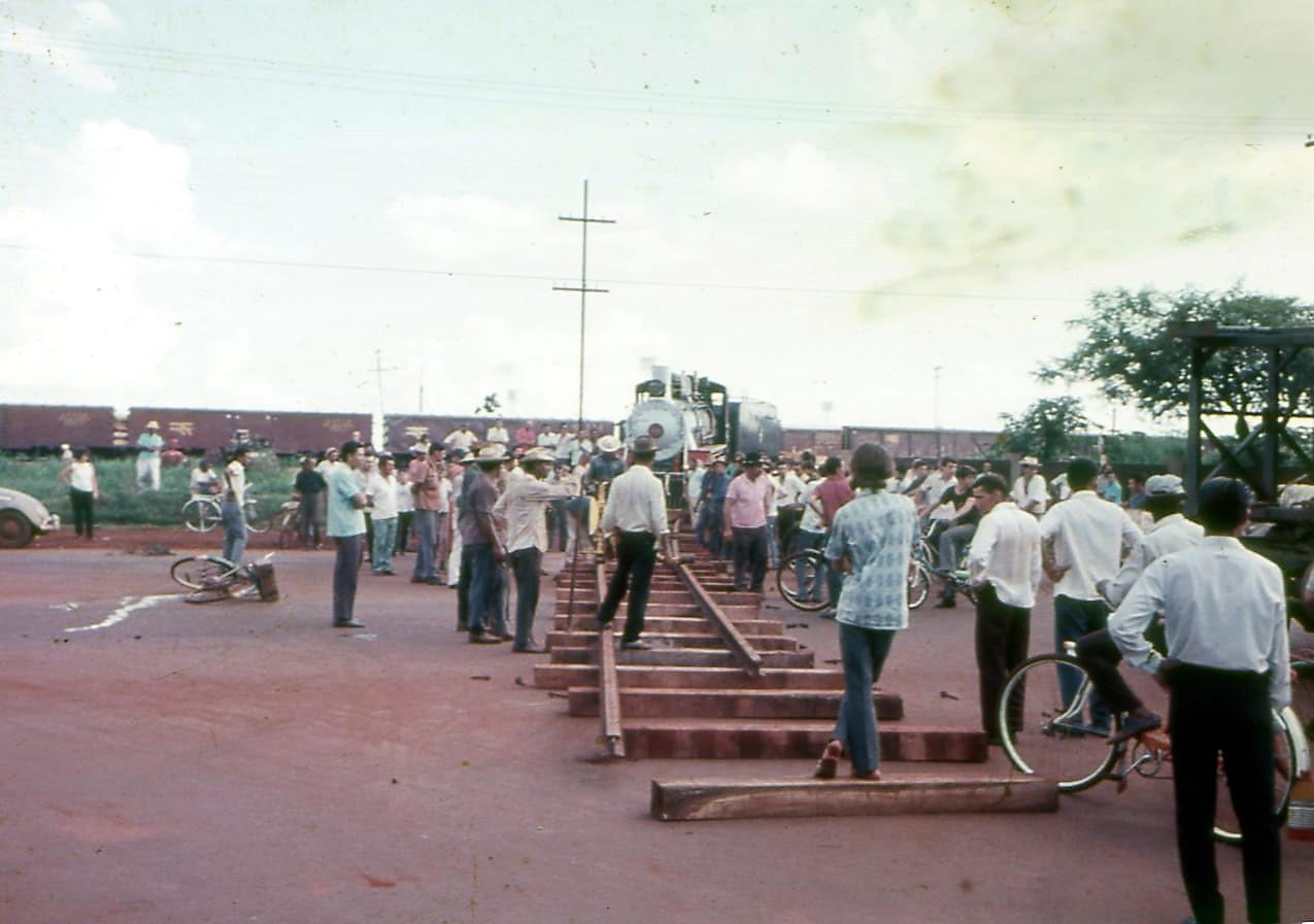 Transporte da Locomotiva 608 - 1973