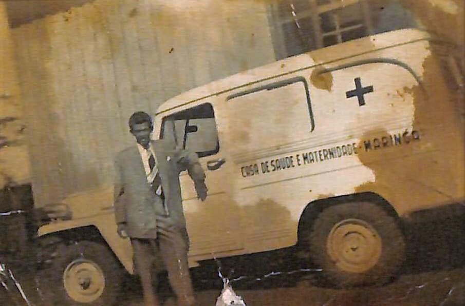 1ª ambulância da Casa de Saúde e Maternidade Maringá - 1949