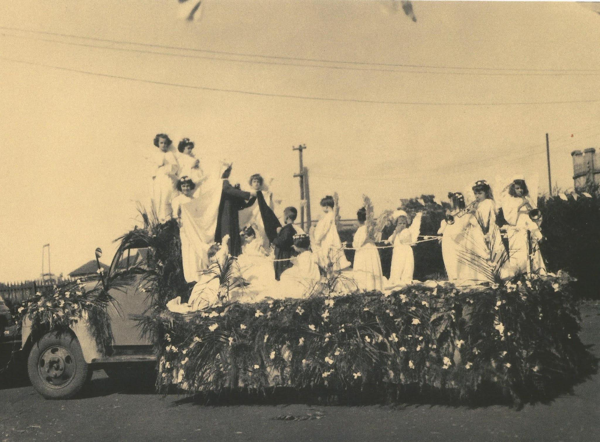 Desfile de aniversário de Maringá - 1955