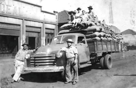 1º caminhoneiro de Maringá - Década de 1940