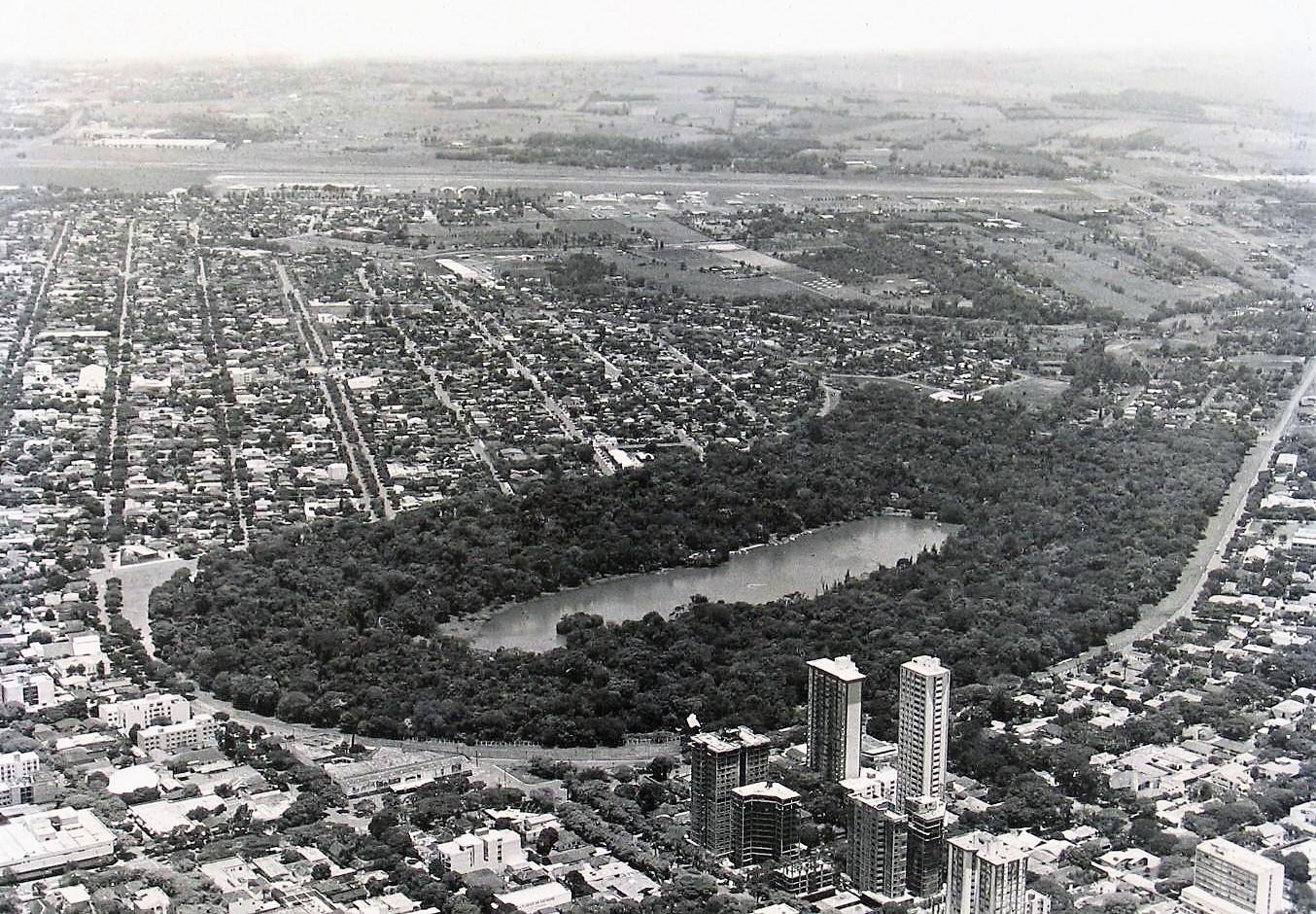 Vista aérea de Maringá - 1982