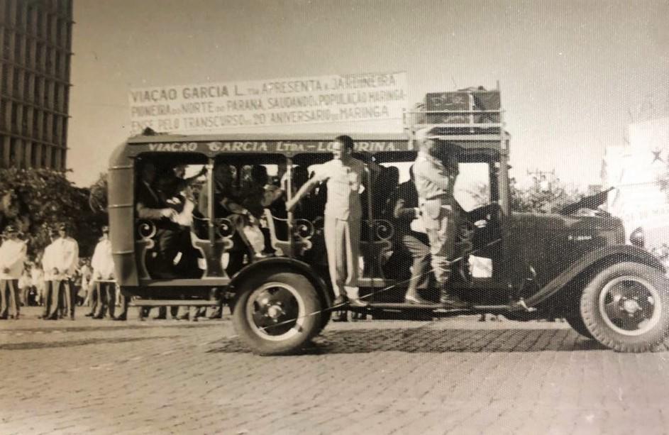 Catita desfilando nos 20 anos de Maringá - 1967