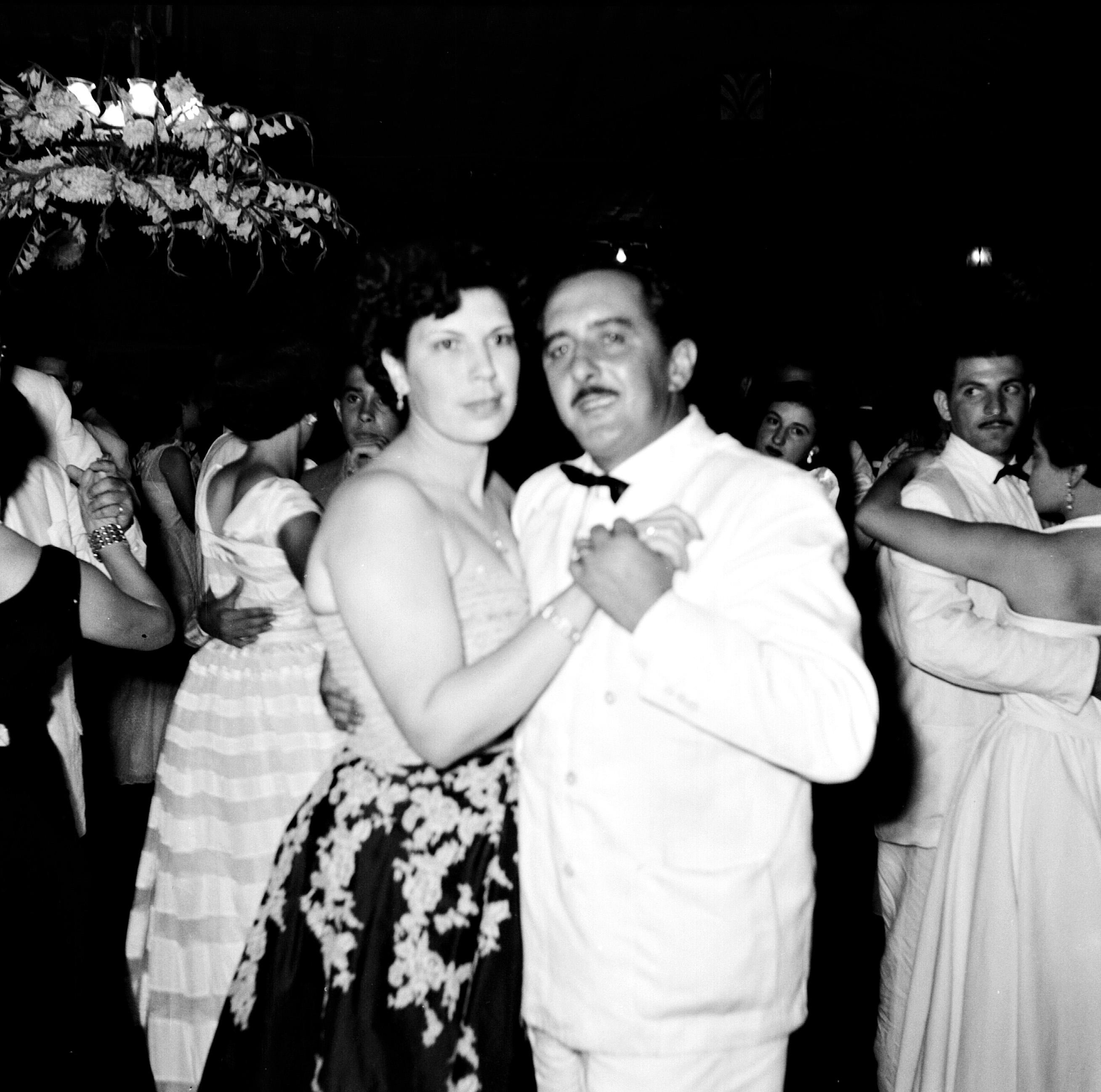 Dança do casal Dirce e Aníbal Goulart Maia - 1952