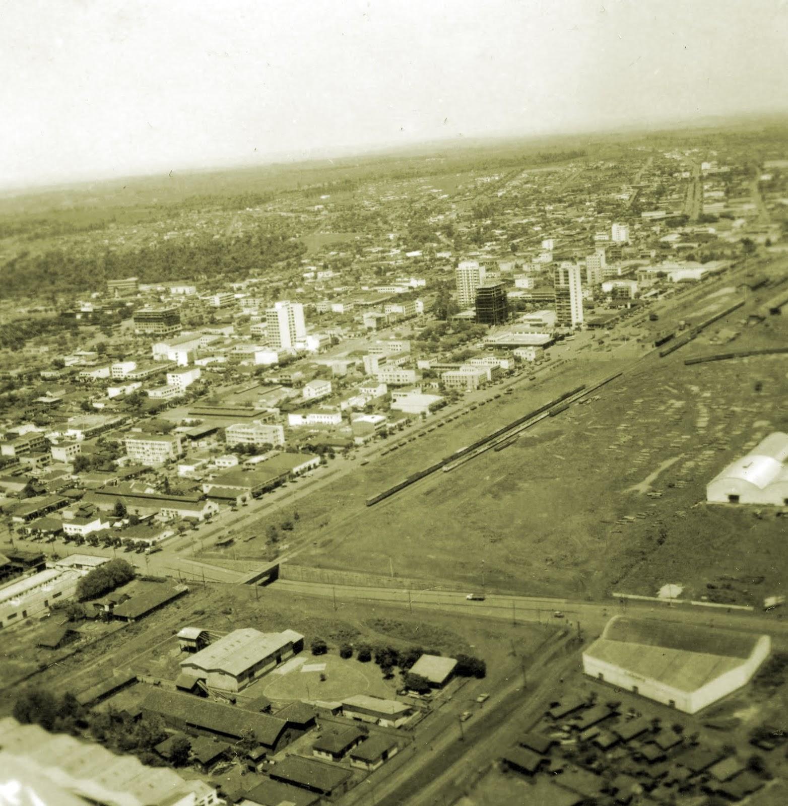 Vista aérea de Maringá - Final da década de 1960