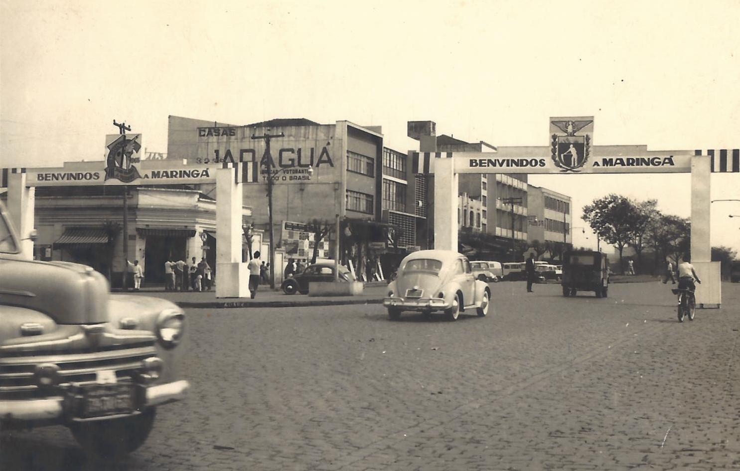 Avenida Brasil e seus portais - 1963