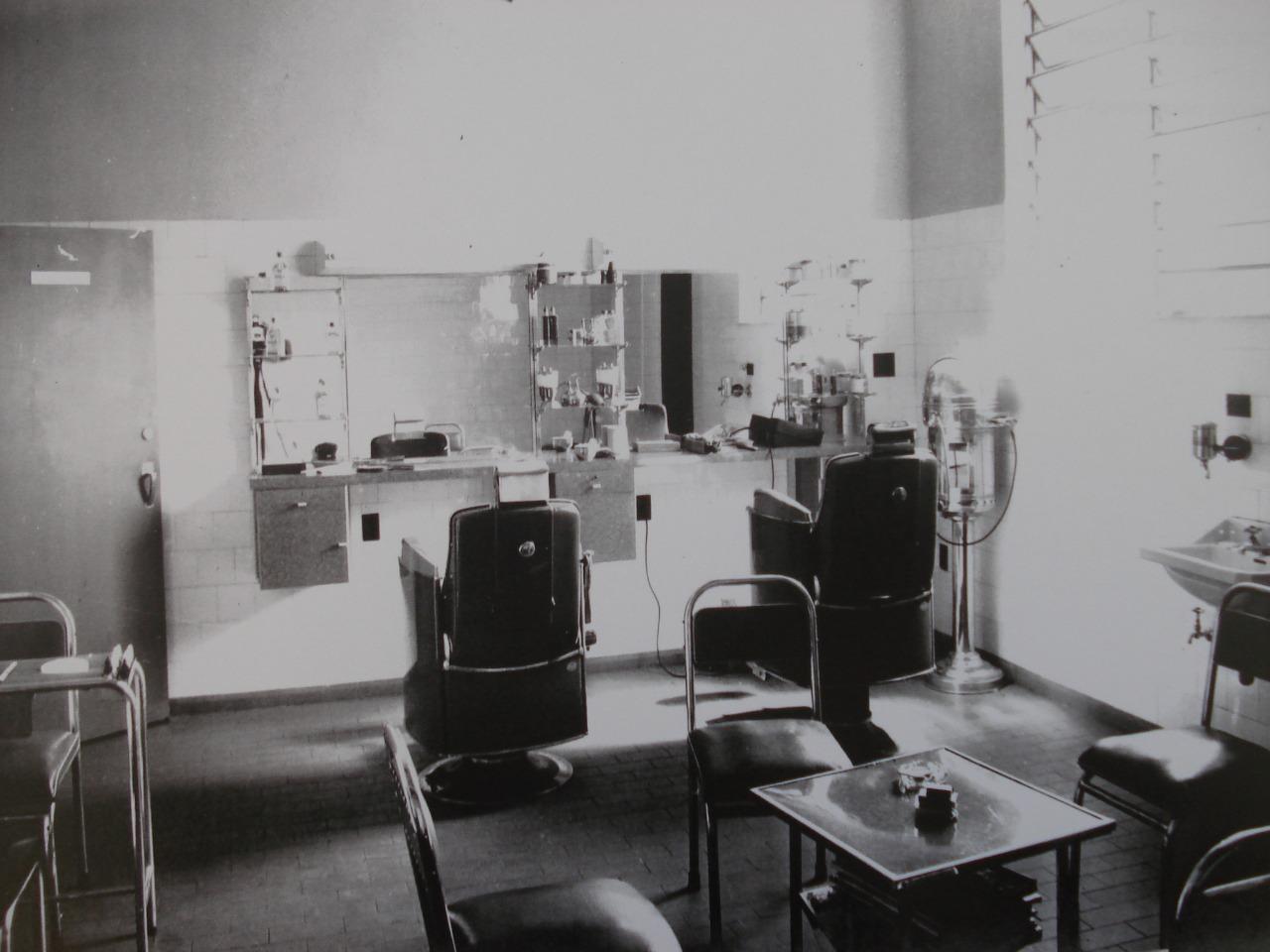 Detalhes do interior do Grande Hotel Maringá - Década de 1950