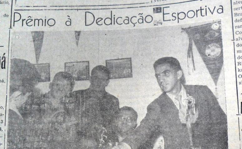 Prêmio à dedicação esportiva - 1955