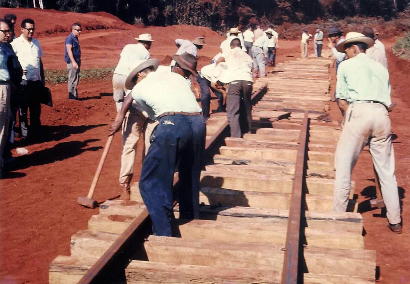 Ligação ferroviária - 1966