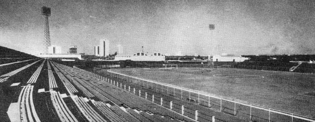 Arquibancadas de concreto - Estádio Willie Davids
