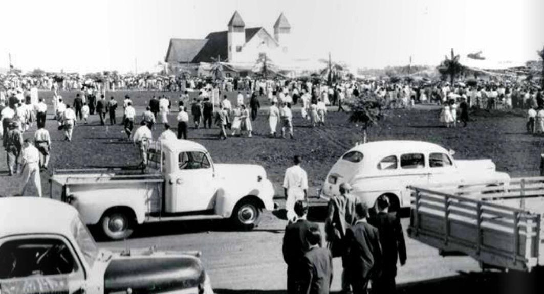 Movimentação na Catedral - Década de 1950