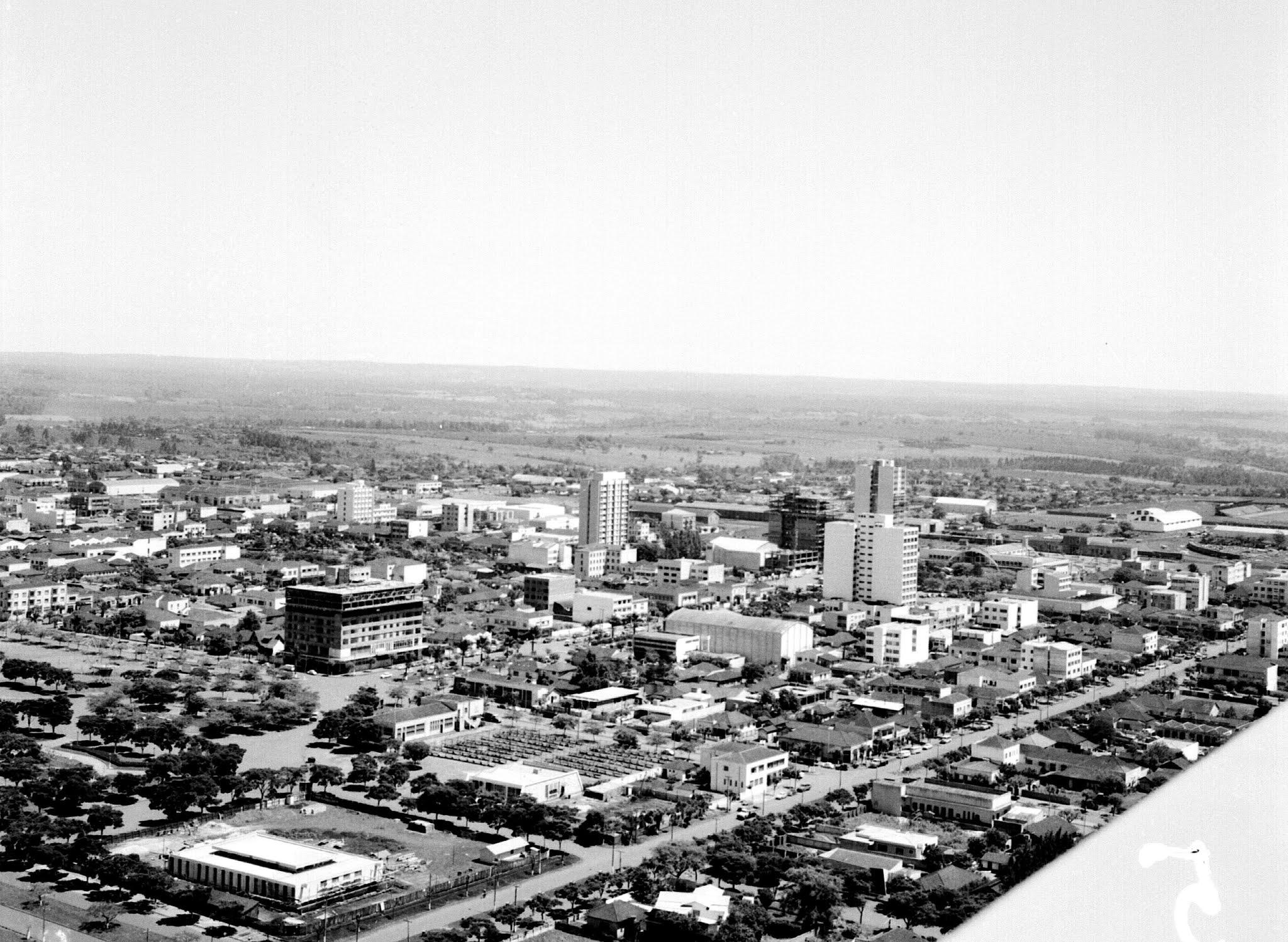 Vista aérea do centro - Anos 1960