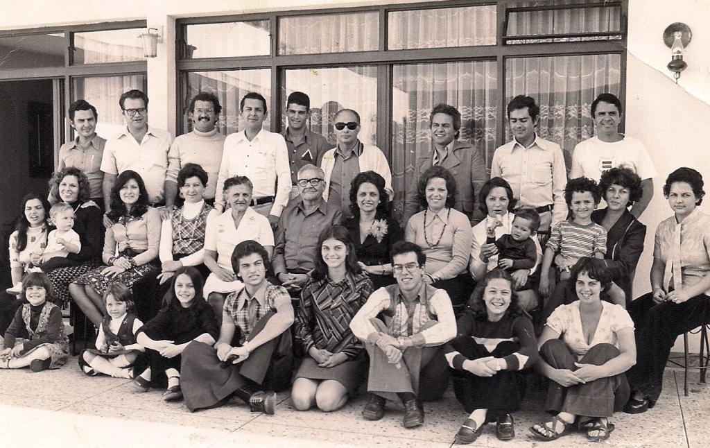 Reunião familiar: Barros e Bueno Netto