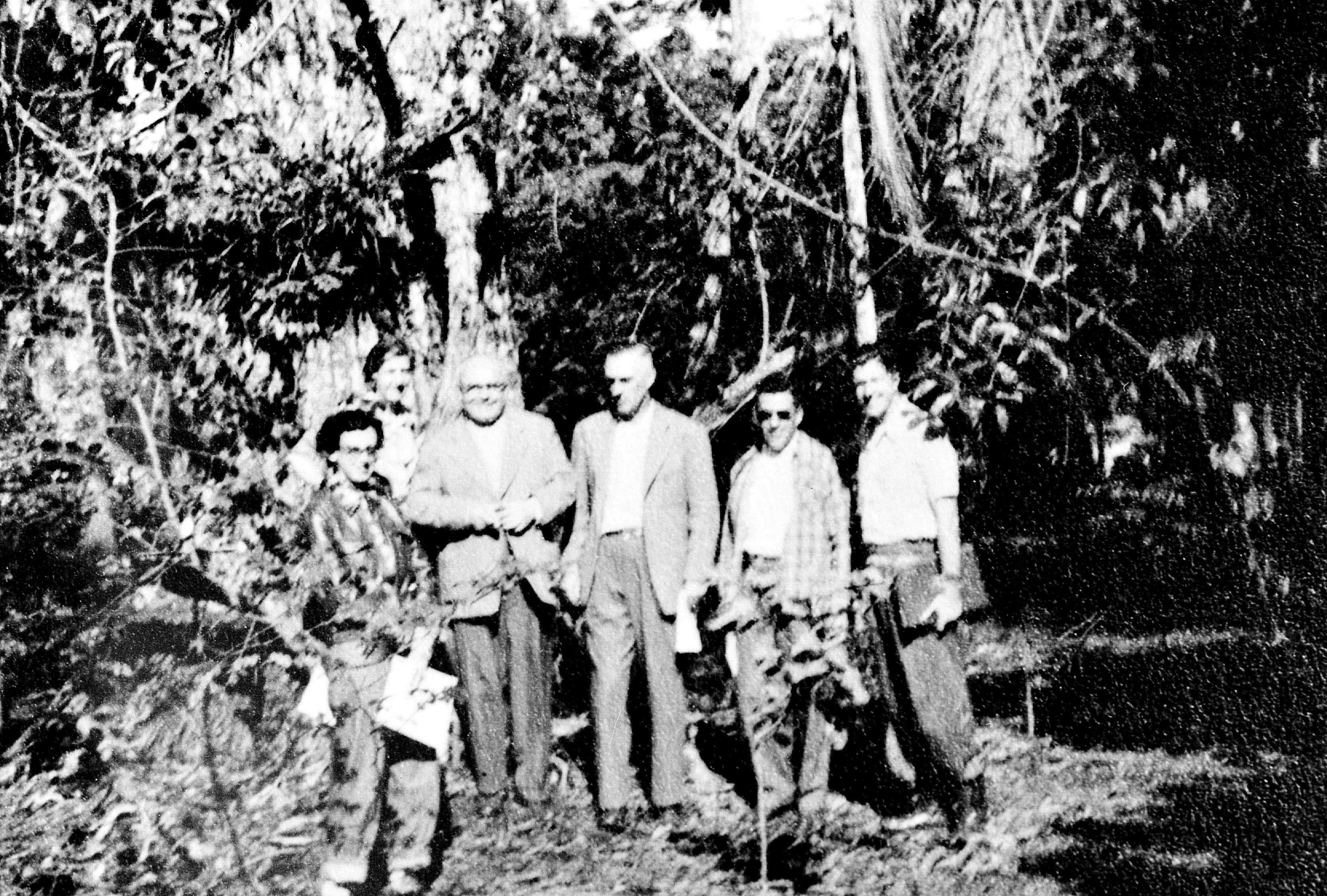Membros da Companhia no Horto Florestal - Anos 1950