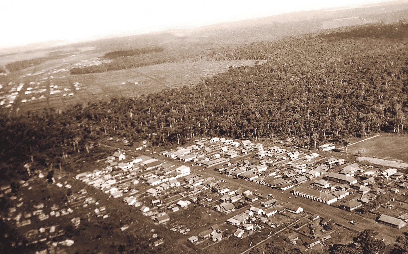 Vista aérea do Maringá Velho - Década de 1940