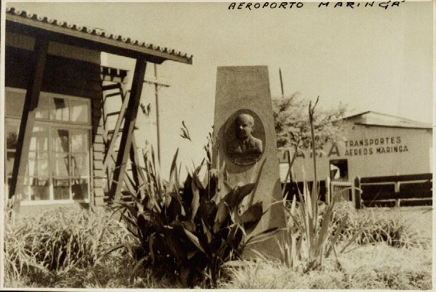 Busto do Aeroporto Dr. Gastão Vidigal