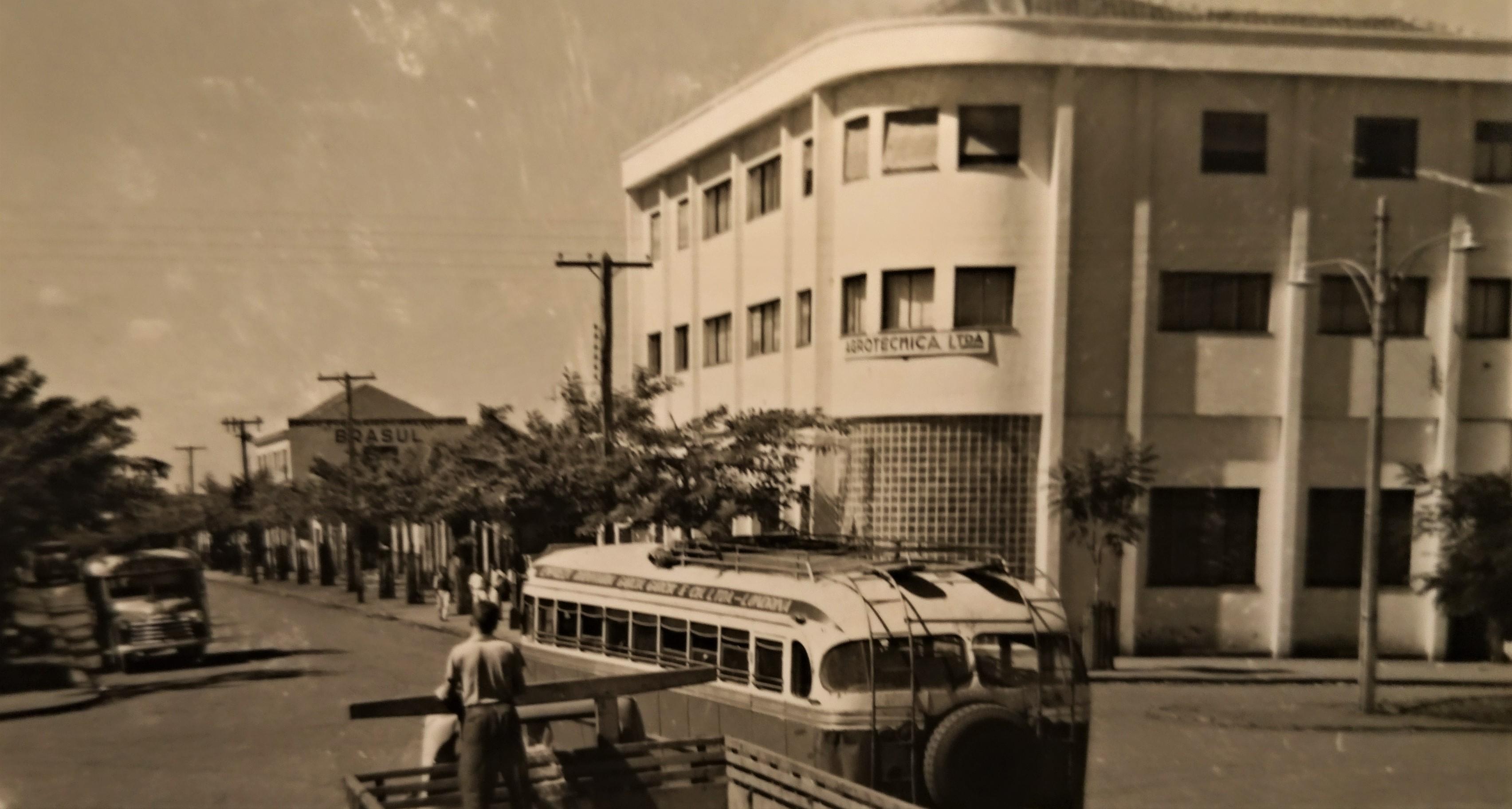 Rua Santos Dumont x avenida Duque de Caxias - Anos 1950