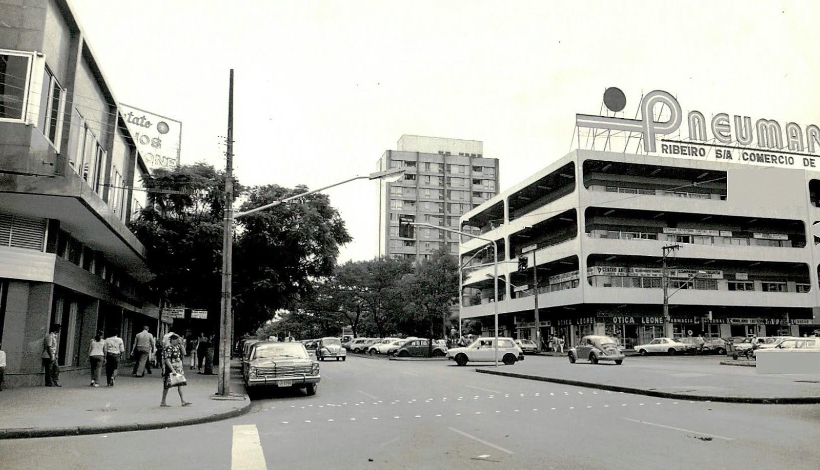 Avenida Brasil esquina com Avenida Getúlio Vargas - 1980
