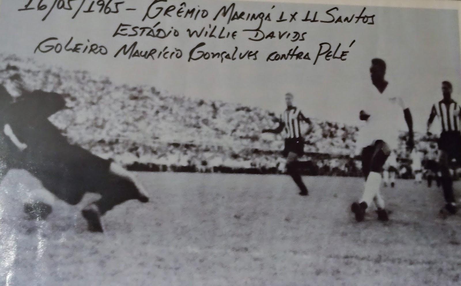 Pelé contra Maurício Gonçalves - Maio de 1965