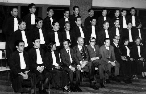 1º Turma de Formandos do Curso de Direito da UEM - 1971
