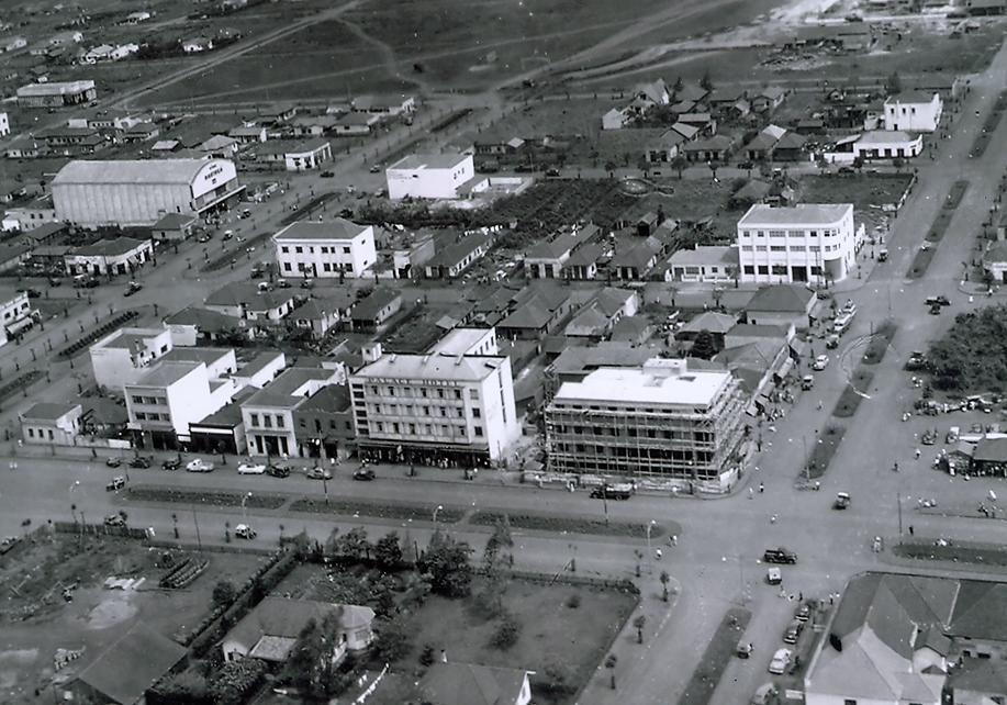 Avenida Brasil x Avenida Duque de Caxias - Década de 1950