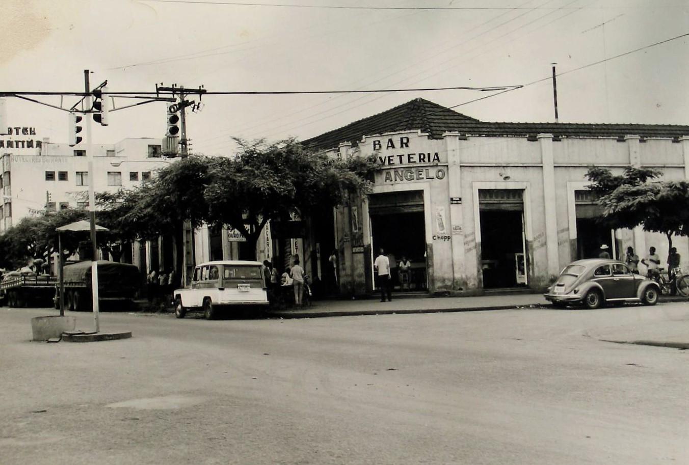 Avenida Brasil x rua Santa Joaquina de Vedruna - 1972