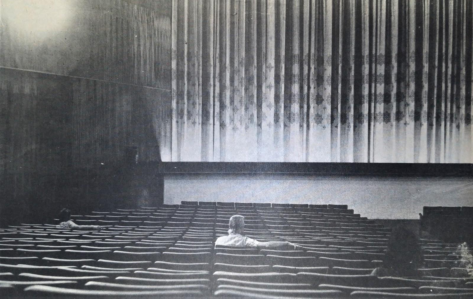 Interior do Cine Plaza - 1975