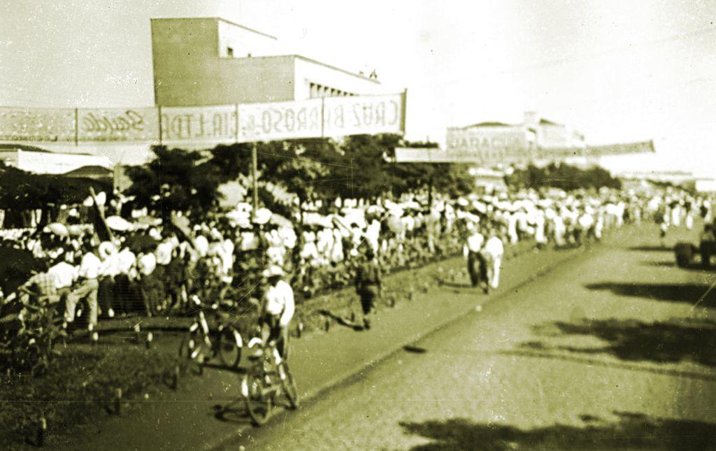 Avenida Brasil - 13/08/1953