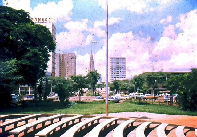 Praça Raposo Tavares - Década de 1980